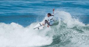 Carolina Mendes - Surfista